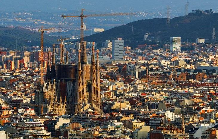 Tutti le info utili per vivere Barcellona